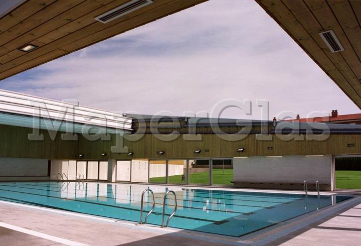 2003 piscina municipal en la roca del vall s barcelona