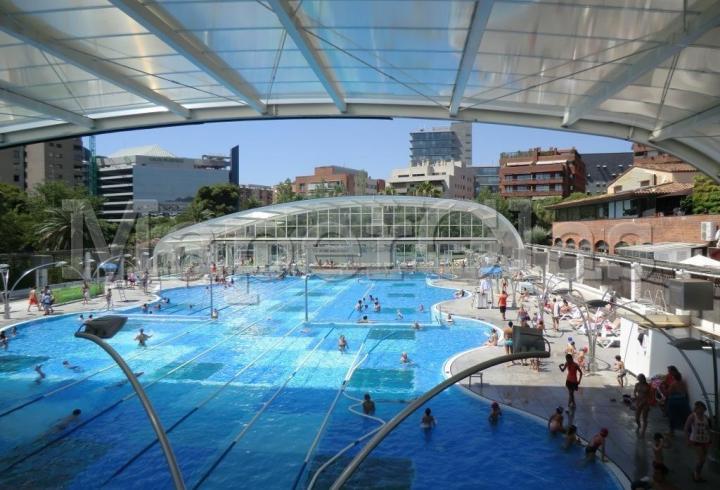 2006 piscina centro fitness dir diagonal en barcelona for Construccion de piscinas barcelona