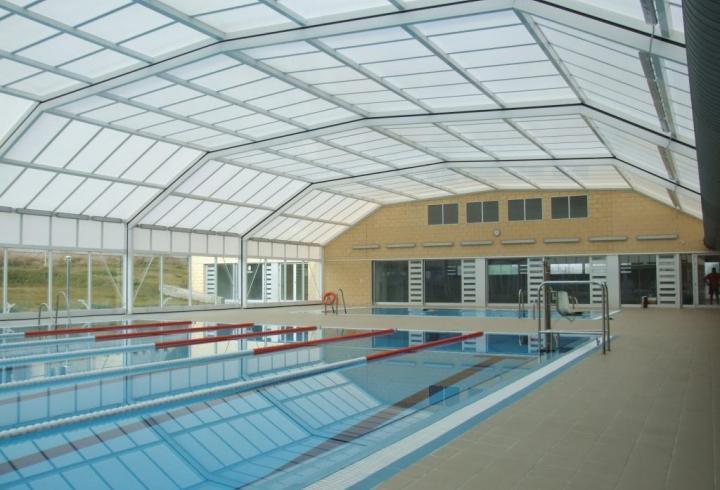 2006 piscine publique bonavista for Construction piscine publique