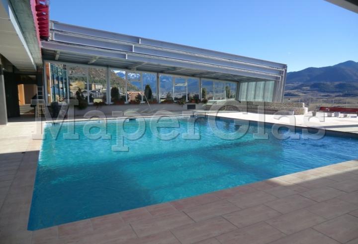 2010 piscina hotel muntanya en prullans lleida www